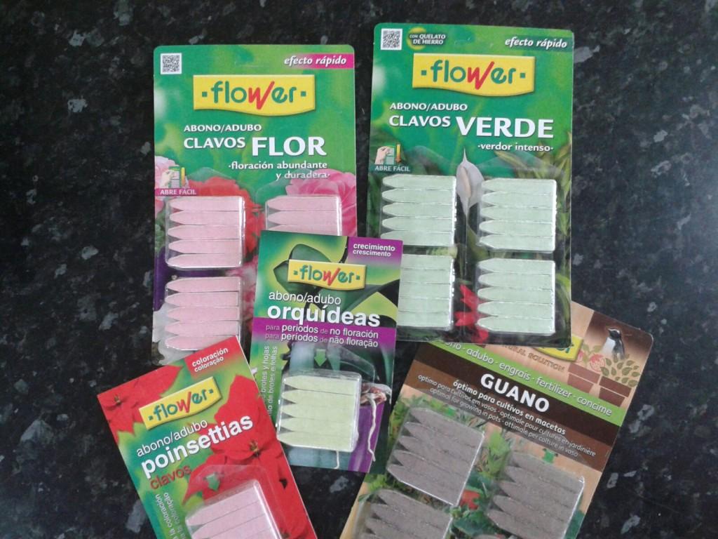 Clavos Abono para Plantas.